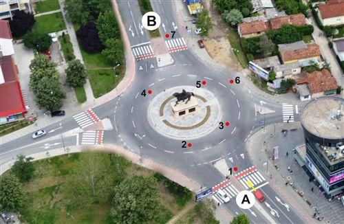 Патничкото возило од позиција А до позиција В ќе се движи по следната патека: