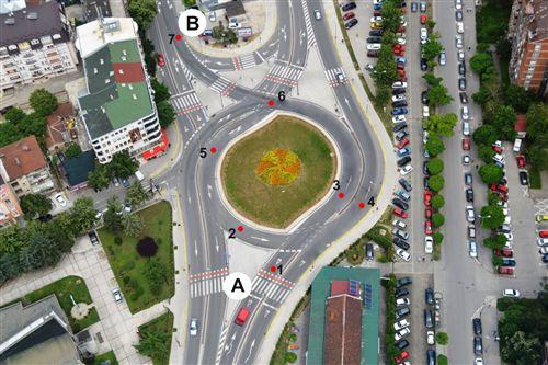 Vetura nga pozicioni A deri te pozicioni B do të qarkullojë nëpër drejtimin e ardhshëm: